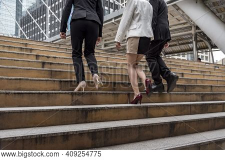 Crowd Business People Walking Go To Work In Modern City Life To Working Office. Crowd Worker Group O