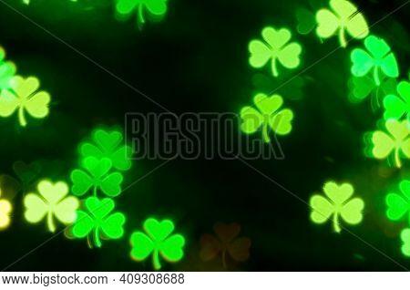 St Patricks Day green shamrock bokeh background, St Patricks day light background. St Patricks day card, St Patricks day pattern, St Patricks day design, festive St Patricks day background, St Patricks day bokeh, St Patricks day symbol