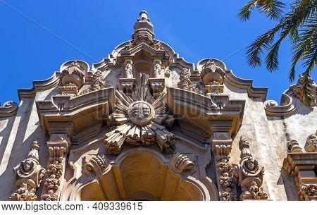 San Diego,ca - April 15,2014:a View Of Structure Casa Del Prado At Balboa Park  In San Diego, Califo