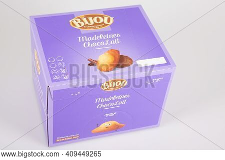 Bordeaux , Aquitaine France - 02 20 2021 : Bijou Madeleines Purple Box With Logo Sign Of Manufacture