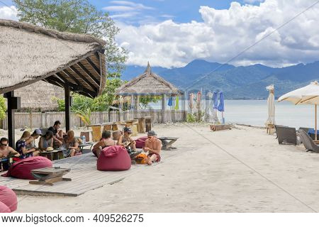 Gili Air Island In The Indian Ocean. 03.01.2017 The Hotel And The Surrounding Area. Eco-friendly Isl