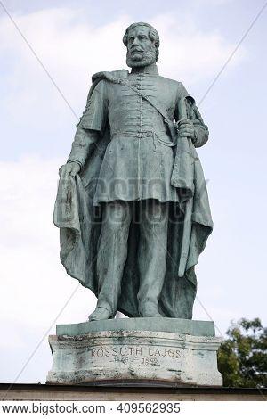 Budapest, Hungary 11.02.2021: Statue Of  Lajos Kossuth  Hungarian Nobleman Lawyer Politician Statesm