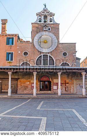 Venice, Italy - January 11, 2017: Church San Giacomo Di Rialto At Winter In Venice, Italy.