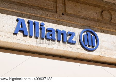 Bordeaux , Aquitaine France - 02 20 2021 : Allianz Insurance Sign Logo And Text On Agency Wall Store