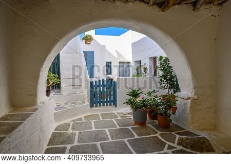 Folegandros, Greece - September 25, 2020: Architecture Of Castro (kastro), The Oldest Part Of The Ch