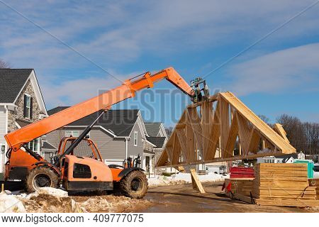 Forklift Lifting Rafters Iron Heavy Up Outdoor