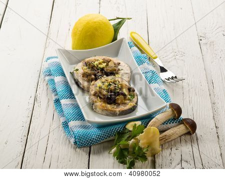 grilled swordfish with mushrooms and lemon peel