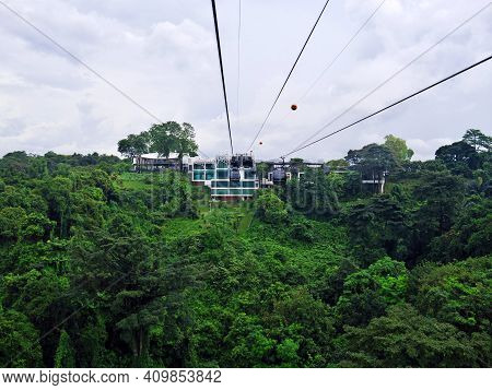 The Cable Way To Sentosa Island, Singapore