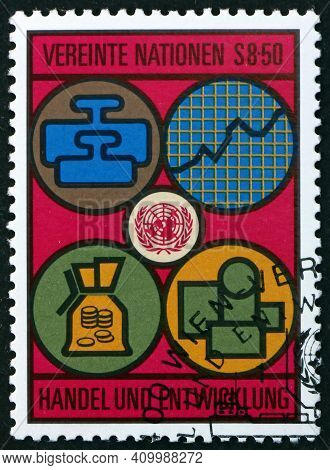 United Nations - Circa 1983: A Stamp Printed In The United Nations, Offices In Vienna Dedicated To T