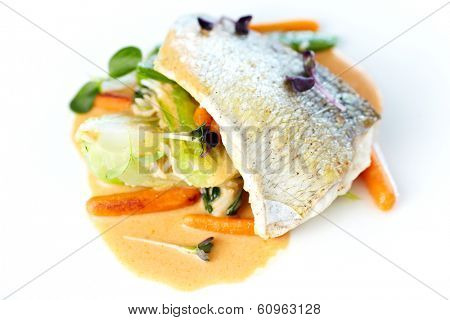 Fried whitefish fillet stir-fried with green vegetables, jasmine rice, carrot salad and a creamy shrimp sauce