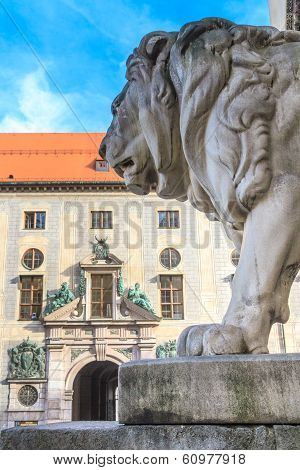 Munich, Bavarian Lion Statue In Front Of Feldherrnhalle, Bavaria, Germany