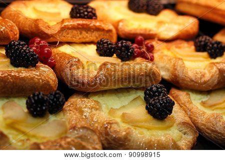 Pastry pies