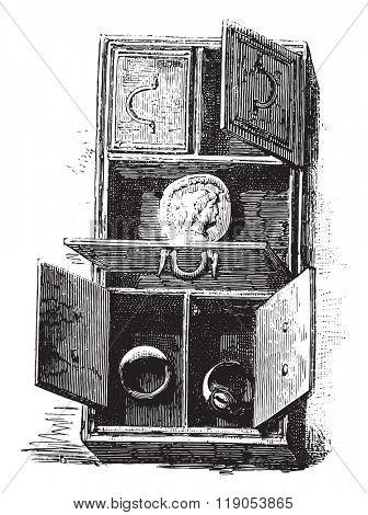 Museum of Saint-Germain, Gallo-Roman cabinet, vintage engraved illustration. Magasin Pittoresque 1880.