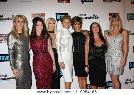 LOS ANGELES - DEC 3: Kathryn Edwards, Lisa Vanderpump, Erika Girardi, Yolanda Foster, Lisa Rinna, Kyle Richards, Eileen Davidson on December 3, 2015 in Los Angeles, CA