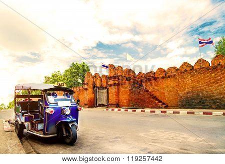Tuk tuk for passenger cars in Chiang Mai - Thailand