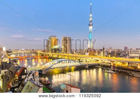 TOKYO, JAPAN - NOV 30 :Tokyo Sky Tree (634m) at dusk on November 30, 2015.Tokyo Sky Tree is the highest free-standing structure in Japan and 2nd in the world with over 10million visitors each year.