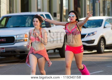 Boise, Idaho/usa February 13, 2016: Group Of Woman In Their Underwear Running During The Cupid Undie