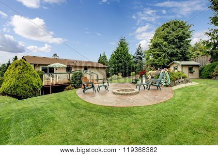 Perfect Back Yard With Garden.