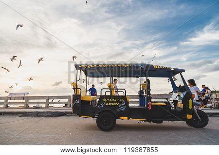 Tuktuk In Bangpu