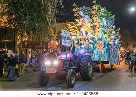 New Orleans, La/usa - Circa February 2016: The Divine Child In Parade During Mardi Gras In New Orlea
