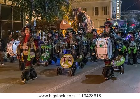 New Orleans, La/usa - Circa February 2016: People Dressed In Costumes During Mardi Gras Parade In Ne