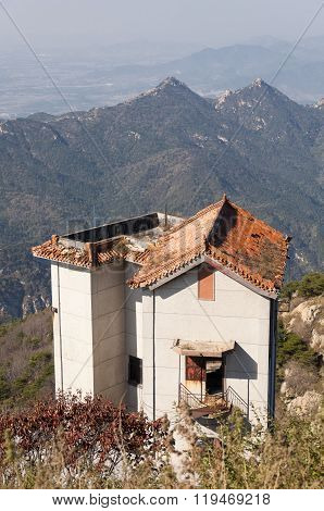 Abandoned Building Mount Tai