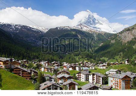 Views of the mountain Matterhorn