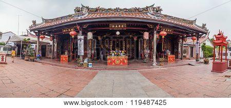 Georgetown, Penang/malaysia - Circa October 2015: Panorama Of Cheng Hoon Teng Chinese Buddhist Templ