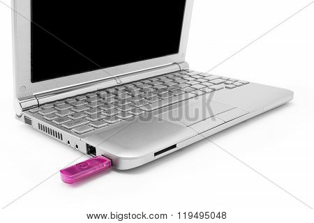 Netbook With Black Monitor And Usb