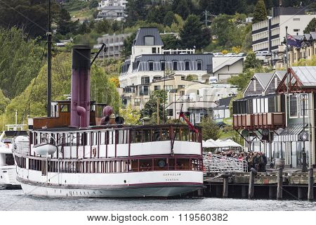 Queenstown, Nz - Nov 12:tss Earnslaw On November 15 2014.it's One Of The Oldest Tourist Attractions