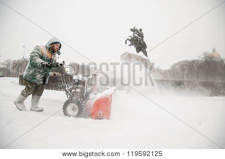 Working With Compact Snow Plow