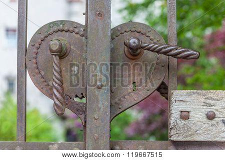 Old Rusty Door Handle