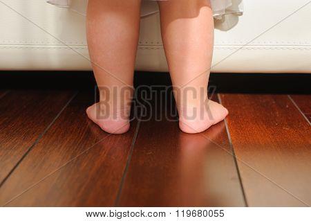 Children Bare Feet, Beside To Bed