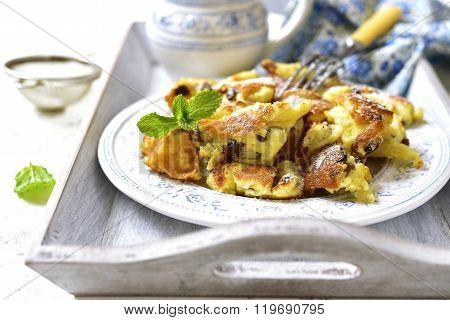 Kaiserschmarrn - Traditional Austrian Pancake Dessert.