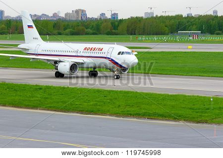 Rossiya Airlines Airbus A319-112 Aircraft In Pulkovo International Airport In Saint-petersburg