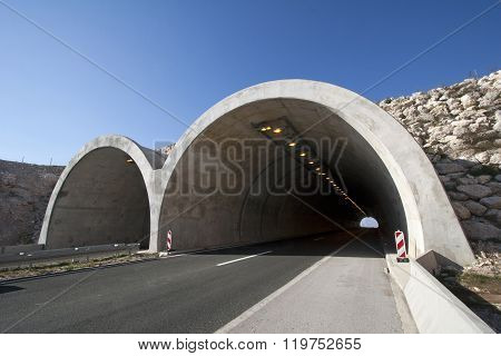 Two tunnel tubes on four lane highway