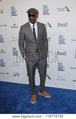 LOS ANGELES - FEB 27:  Idris Elba at the 2016 Film Independent Spirit Awards at the Santa Monica Beach on February 27, 2016 in Santa Monica, CA