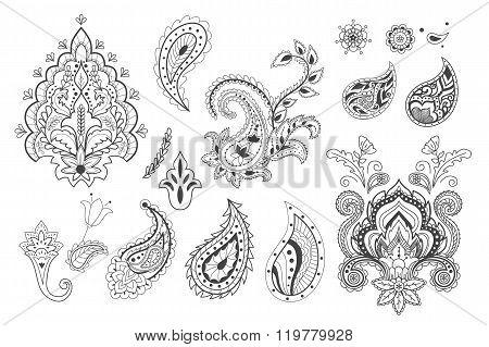 Set of decorative paisley templates