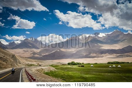 Cycling on Karakorum Highway