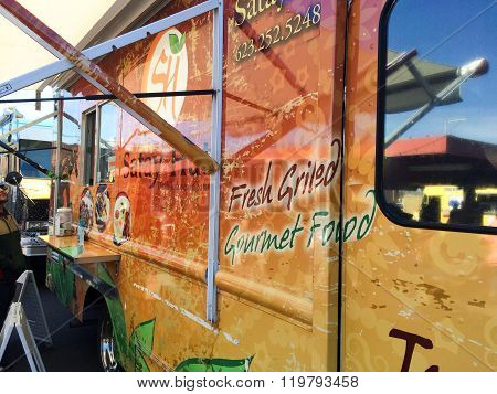 Appetizingly Painted Food Truck