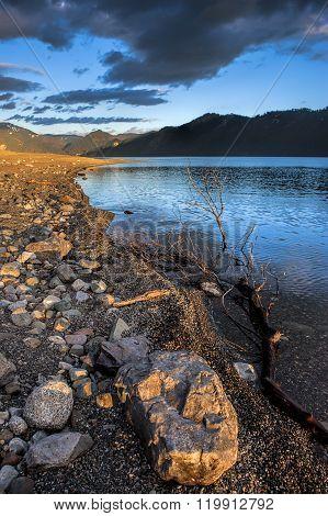 Rocky Shoreline In Idaho.