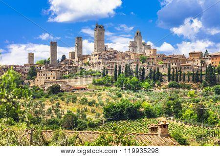 landscapes of Italy. medieval San Gimignano - Tuscany
