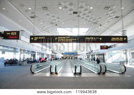 Tourists and travelers in the Denver International airport (DIA)