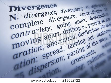 Cleckheaton, West Yorkshire, Uk: Thesaurus Page Showing Definition Of Word Divergence, 30th March 20
