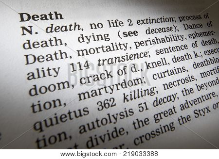 Cleckheaton, West Yorkshire, Uk: Thesaurus Page Showing Definition Of Word Death, 30th March 2005, C