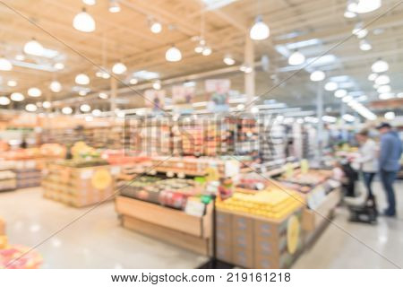 Blurred Organic Fruits And Vegetables On Shelves In Store  At Irving, Texas, Us