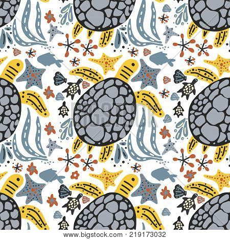 Vector handdrawn sea seamless pattern with various marine animals. Ornate summer illustration wiht sea turtles.