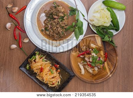 Papaya Salad Spicy fried Chicken Salad Spicy minced pork saladNortheastern Thailand(Isan) Food