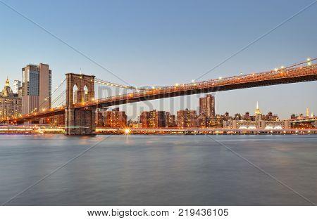 View of the Brooklyn Bridge from Brooklyn Bridge Park.