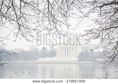 washington dc in winer - A foggy day in Jefferson Memorial